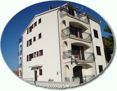 Apartmány Opacak AP1 (4+0)
