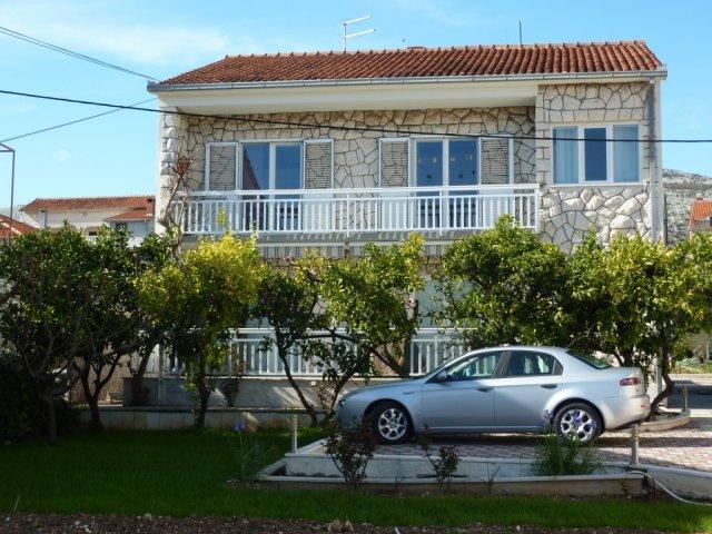 Apartmány Barada - Trogir AP2 (2+2)
