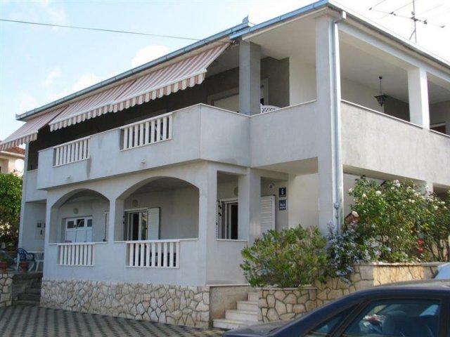 Apartmány Marin - Trogir AP2 (2+2)