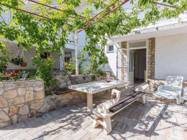 Apartmány Antea a Magdalena - Pirovac AP3 (2+1)