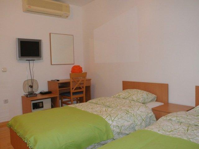 Studio Ferienwohnungen Home In City 2 (2+1)