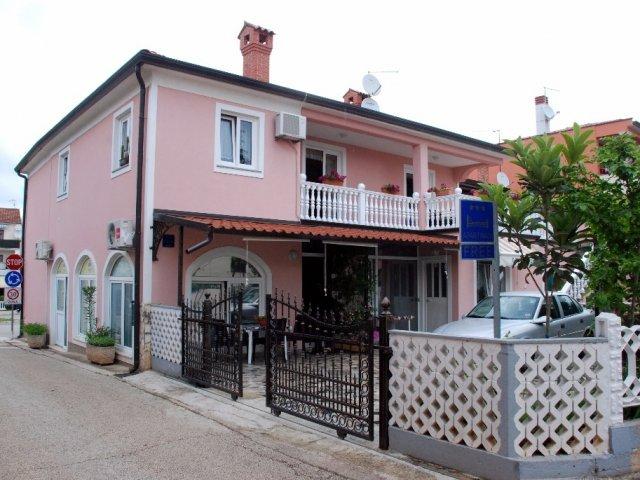 Ferienwohnungen Tereza - Novigrad - Istrien AP Studio 1 (2 + 2)