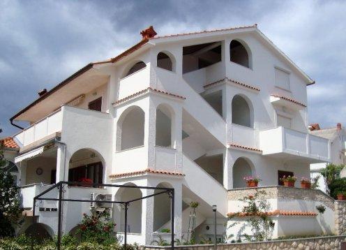 Apartments Zora&Mirko (Lopar-San Marino-Paradise beach) AP1 4+2