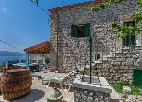 Holiday home Darijo - Lokva Rogoznica (2+2) 64071-K1