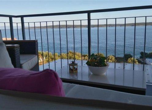 Apartments Jele - Zavala - Island Hvar A3 (4+2) 33981-A3