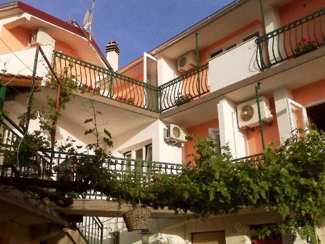 Apartments Pivac - Tisno AP2 (2+2)