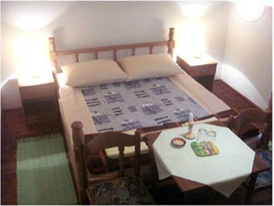 Apartments and rooms Nova Lika Room 1 (2+0)