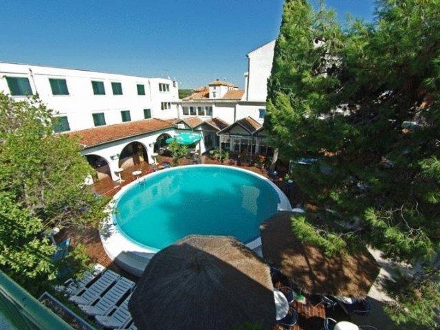 Hotel Borovnik Tisno Kornati Murter BEST ONLINE PRICE GUARANTEE