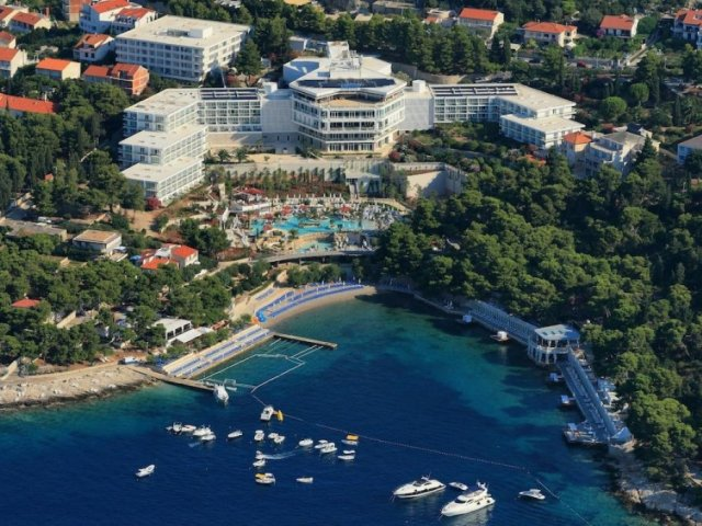 Hotel Amfora Hvar Grand Beach Resort **** LOWEST PRICE GUARANTEE