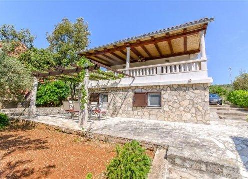 Kuća za odmor Anima - Maslinica - otok Šolta (6+2) 61421-K1