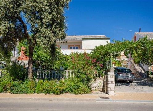 Apartmani Elvira - Lopar - otok Rab A3 (2+2) 86961-A3