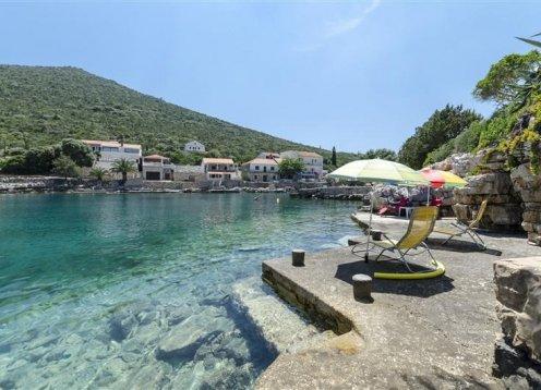 Apartmani Dinko - Gdinj - otok Hvar A1 (4) 37851-A1