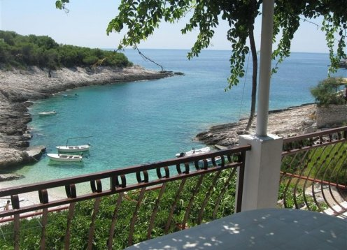 Kuća za odmor Emil - Uvala Mala Travna - otok Vis (4+1) 46971-K1
