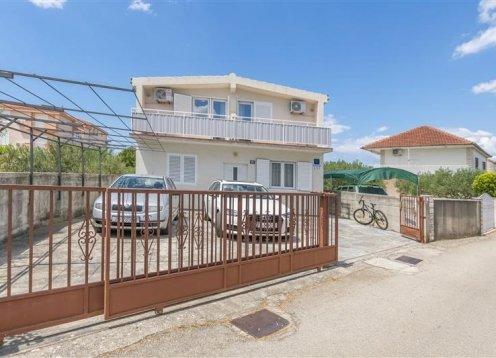 Apartmani Ana - Rogoznica A2 (2+2) 10061-A2
