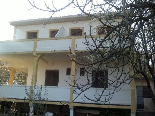 Apartmani Tuh AP1 (6+2)