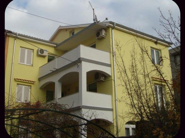 Apartmani Kovačić AP2 (4+2)
