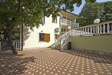 Apartmani Povile - Novi Vinodolski AP4 (2+2)