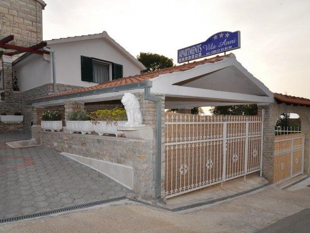 Vila Anni apartman A3 - Sutivan (3+1)