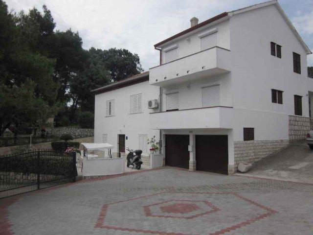 Apartmani Dumenčić - Rab AP3 (3+2)