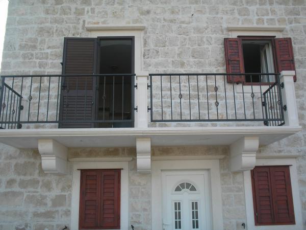 Apartmani Penzo - Brač Pučišća AP1 (4+3)