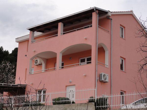 Apartmani Iva - Poljica AP1 (4+2)