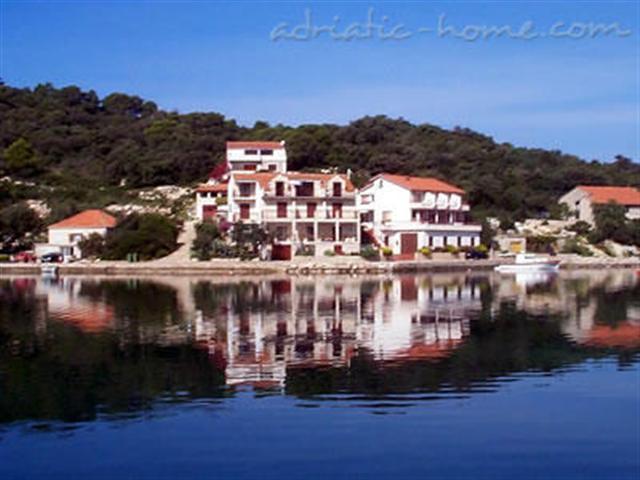 Apartmani Vila Malo lago - Pasadur, Lastovo AP1 (2+1)