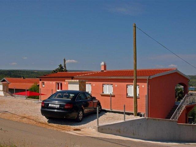 Apartmani Dora - Gornji Karin AP1 (5+1)