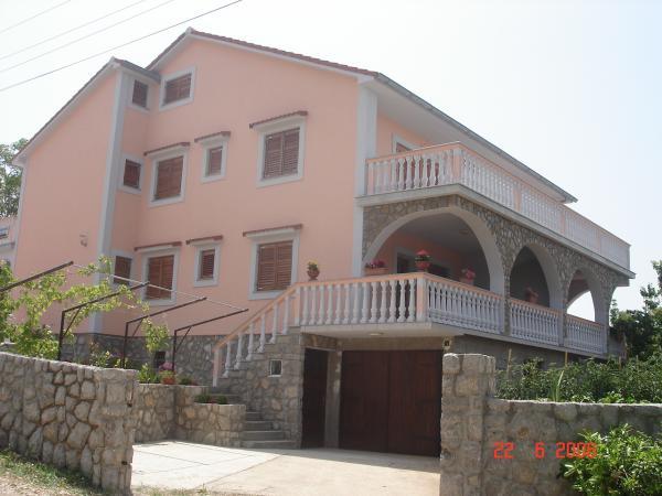 Apartmani Petrović - Šilo Otok Krk AP3 (4+2)