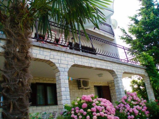 Kuća Ana - Crikvenica Apartman (2+2)