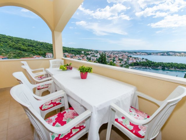 Apartman Villa Ivana - Trogir (4+2)