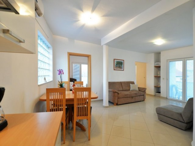 Apartman Kalafatin-Murter(3+2)