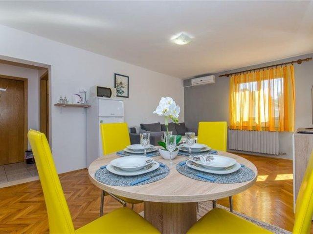 Apartmani Marinko - Makarska A3 (2+2) 37171-A3