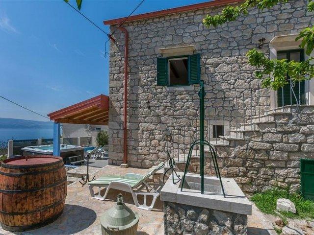 Kuća za odmor Darijo - Lokva Rogoznica (2+2) 64071-K1