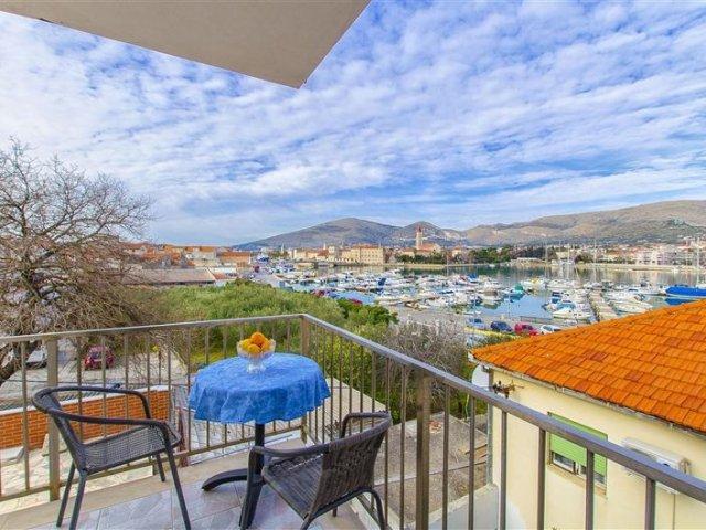 Apartmani i Sobe Iva - Trogir A11 (2+2) 47621-A11