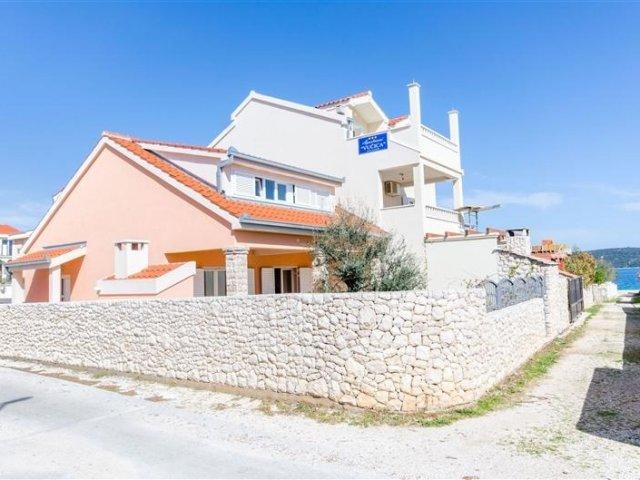 Kuća za odmor Nikolina - Sevid (6+2) 48561-K1