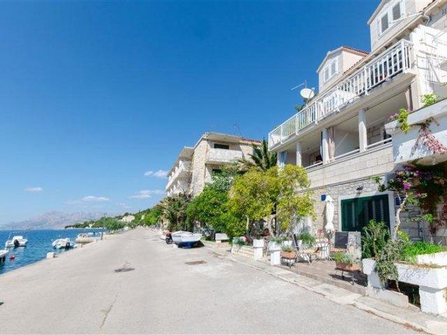 Apartmani Djurdjica - Povlja - otok Brač A2 (2+1) 16181-A2