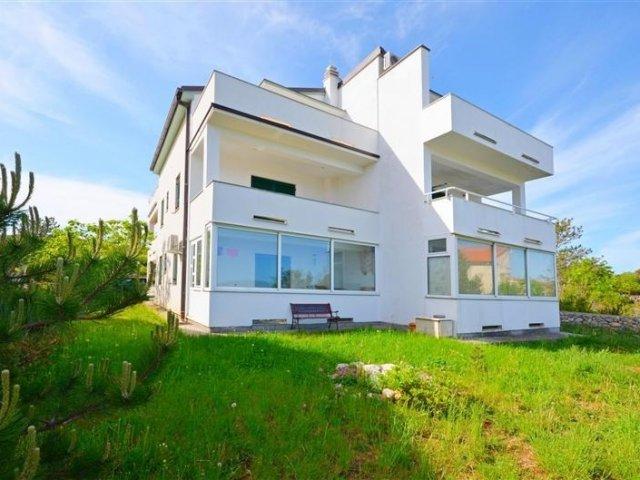 Apartmani Darko - Klimno - otok Krk A2 (3+2) 68981-A2