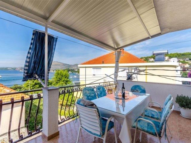 Apartman Buksa - Trogir (2+2) 72371-A1