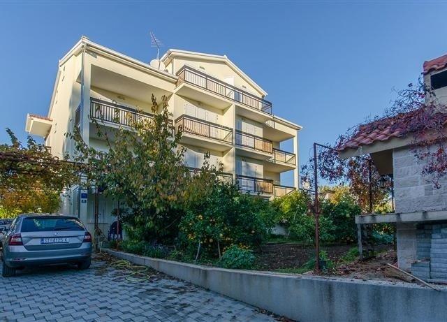 Apartmani Ana - Kaštel Štafilić A1 (2+2) 79551-A1