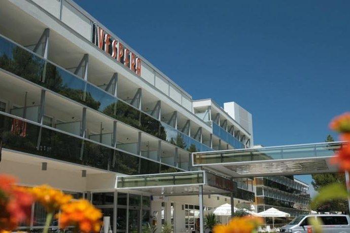 Garancija najni e cijene apartmani sobe hoteli for Design hotel royal opatija croatia